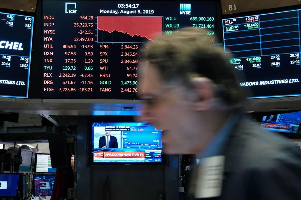 اضطرابات الأسهم خلال أغسطس صناعة الأزمة وتمهيد للأسوأ