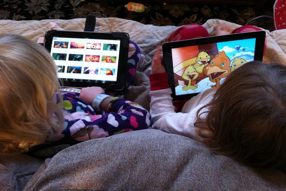 انهيار مشاهدات وأرباح قنوات الألعاب والأطفال على يوتيوب
