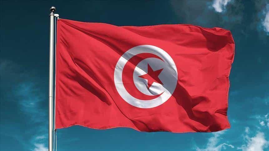 الدرس من فشل الديمقراطية في انتشال تونس من الأزمة الإقتصادية