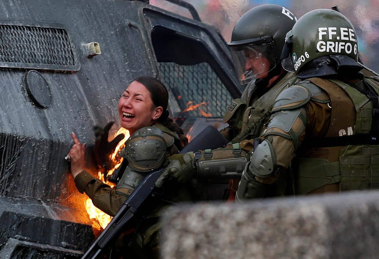 احتجاجات تشيلي: الشعب الذي يدمر الإقتصاد يستحق الأزمة المالية