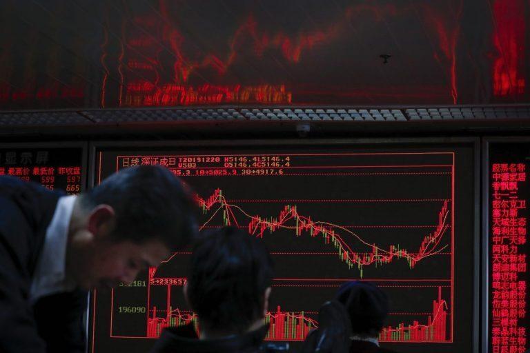 فيروس كورونا خسائر البورصة الصينية وكيف منعت الصين الإثنين الأسود أغسطس 2015؟