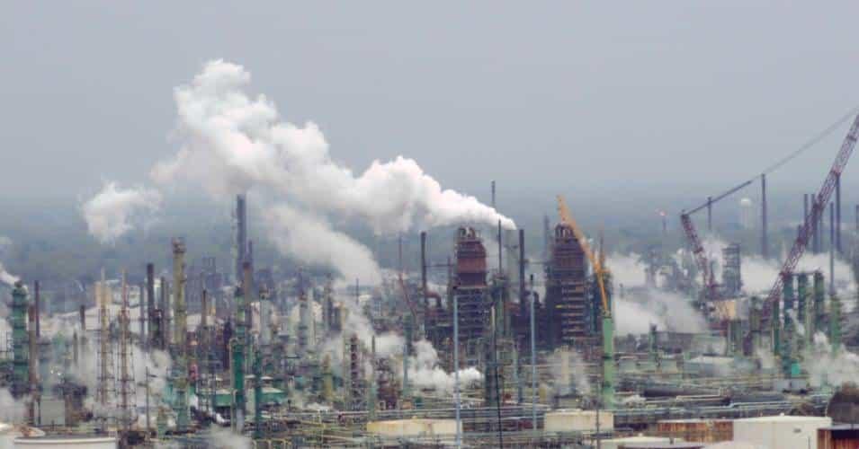التخلي عن النفط مفتاح حل أزمة المناخ والتغير المناخي