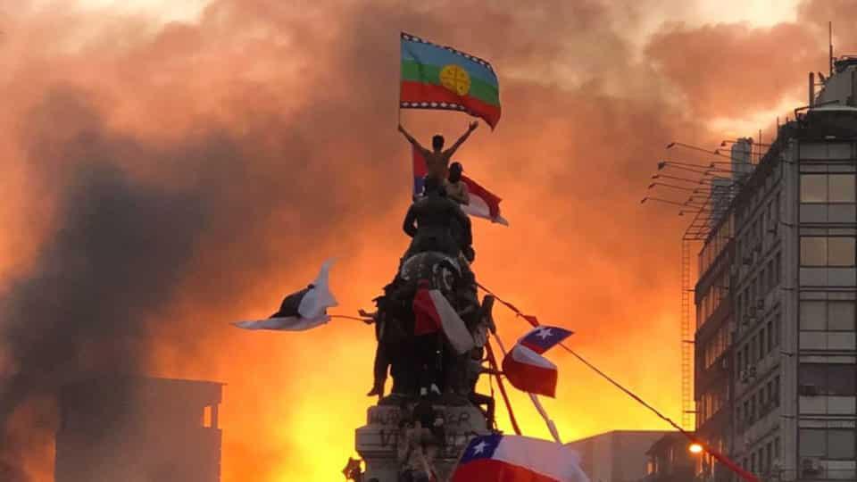 مظاهرات وثورات وتخريب تهدد دول العالم 2020 - 2030