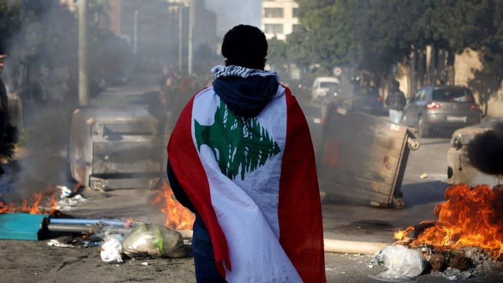 انفجار بيروت الأزمة الاقتصادية ستتحول إلى مجاعة لكنها فرصة لبنان