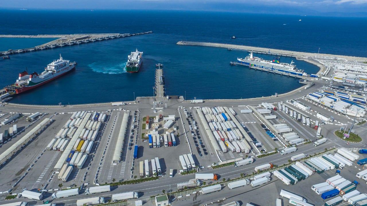 حقائق عن ميناء طنجة المتوسط أفضل ميناء في أفريقيا