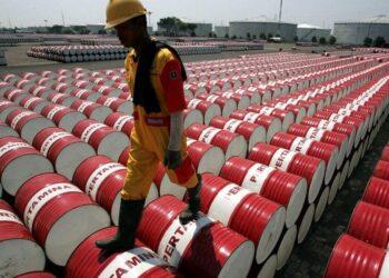 سعر النفط إلى 100 دولار؟ الإمارات وايران وعوامل أخرى ستمنع ذلك