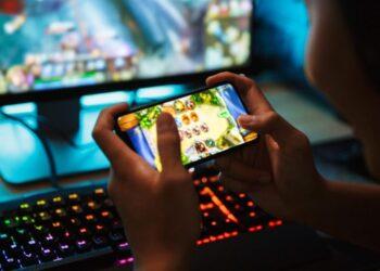 كيفية-حماية-نفسك-في-عالم-الألعاب-عبر-الإنترنت