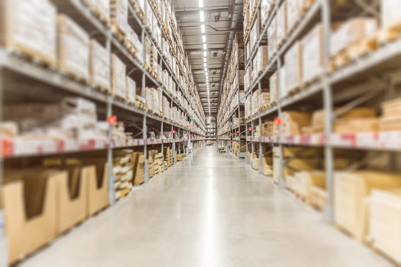 Amazon-Depositphotos كيف أصبحت أمازون المتجر الأكثر نجاحًا في العالم؟